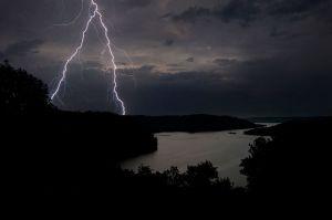DaleHollowLake_Lightning_43_Web.jpg
