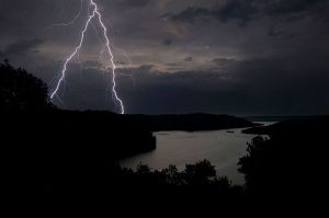 DaleHollowLake_Lightning_43_Web.jpg